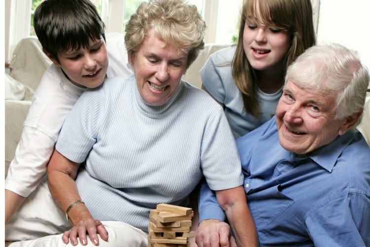 family in occupational therapy for dementia